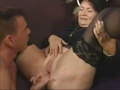 GRANNY LOVES DICK