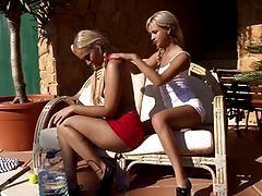 Gorgeous blonde lesbians give each other the best licking pleasure